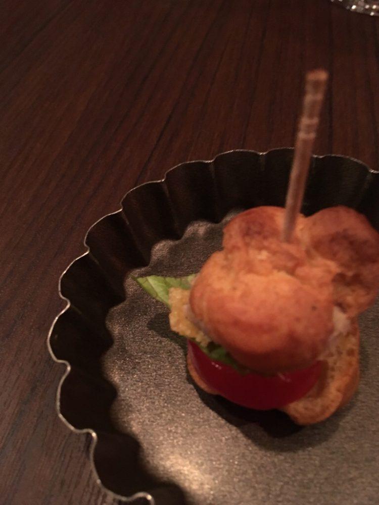 ビストロサヴァサヴァ 新宿東口 ワイン 個室あり