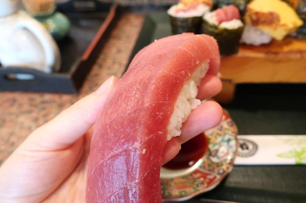 三鷹南口ランチ わかさ鮨 噂通りのどでかい握り寿司に感動 ...