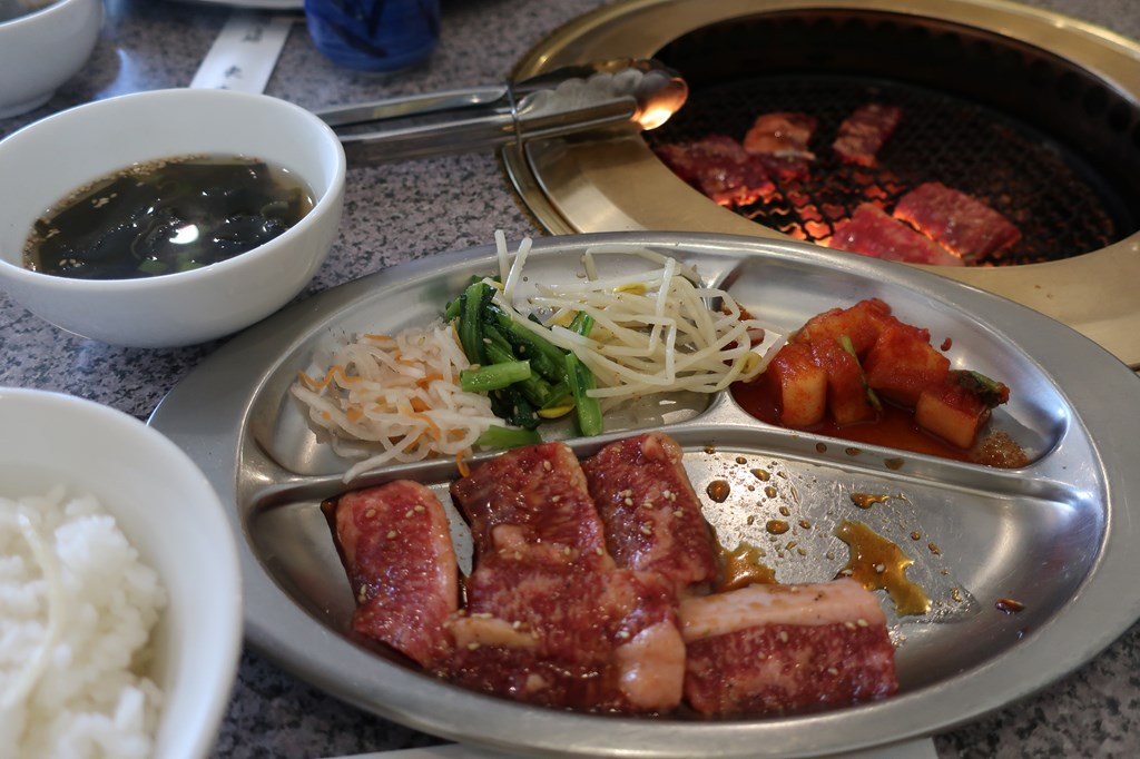 三鷹 焼肉 ランチ 東海苑