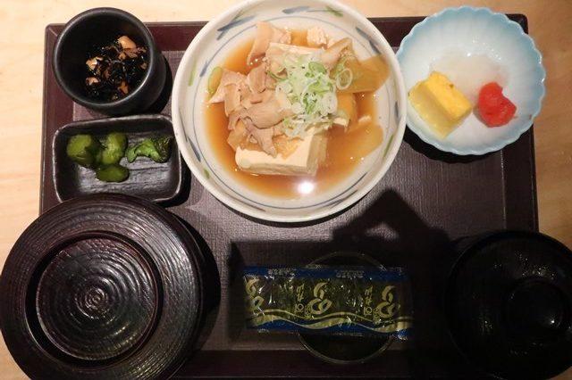 やえす初藤 朝食 メニュー東京駅 朝食 モーニング 八重洲