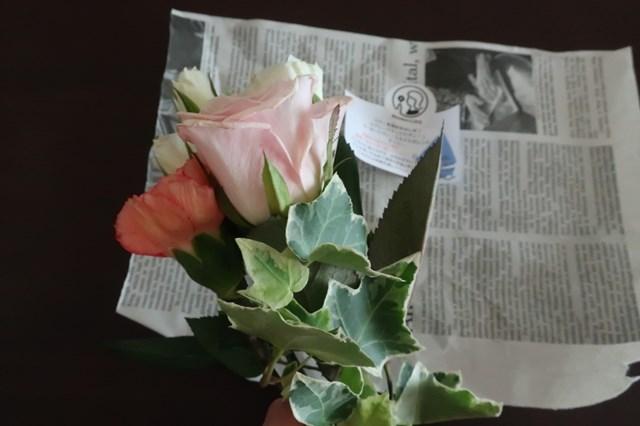 ブルーミー ブルーミーライフ 口コミ  枯れている プラン がっかり 解約 お花の定期便 サブスクリプション 宅配