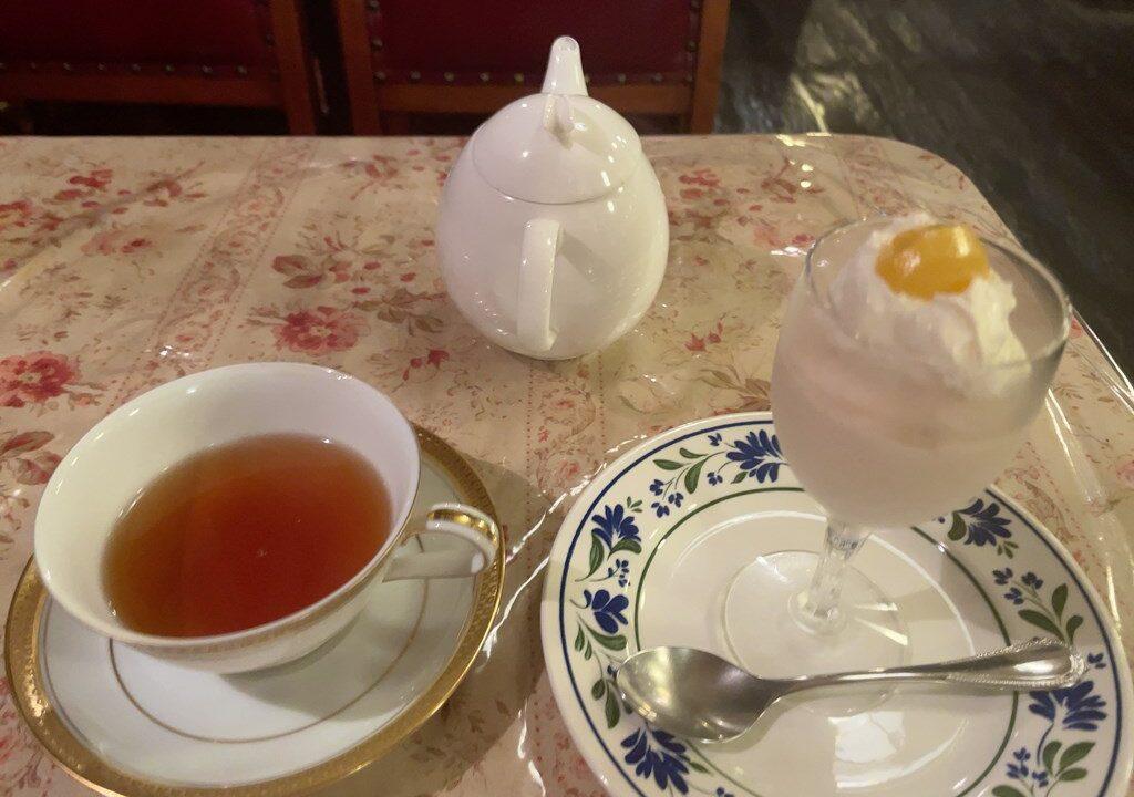 吉祥寺 ゆりあぺむぺる 喫茶店 ありふれた奇跡 1976年創業 老舗喫茶店 宮沢賢治 モンブラン クリームソーダー